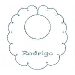 Babero Bebe Nombre Bordado (Diseño BP01 / Letra: Casual Serif)