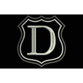 Parche Bordado Escudo Letra D (Bordado PLATA / Fondo NEGRO)